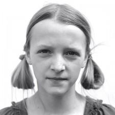 http://www.schueten.de/files/gimgs/th-12_schueten_portraits_2011_hedda.jpg